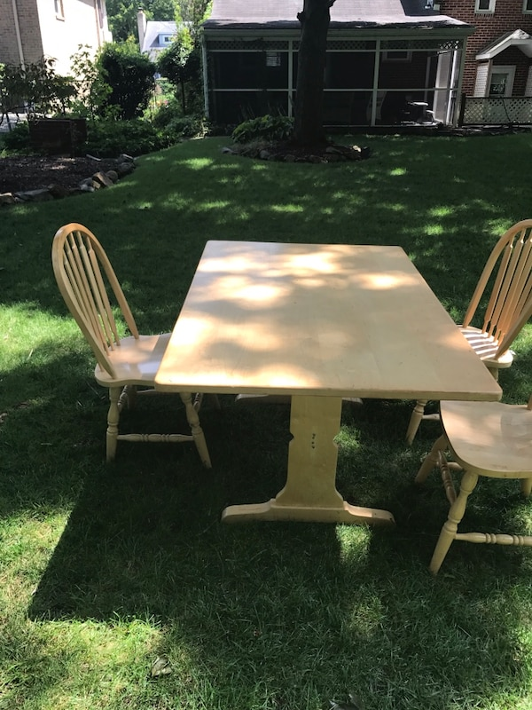 Kitchen Table With High Back Corner Bench And 3 Chairs