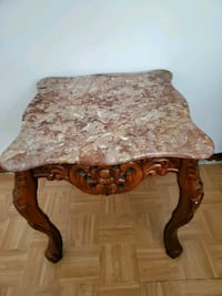 marble  end table  New Orleans, 70131