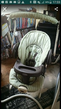 baby's white and gray Graco swing chair Denison, 75021