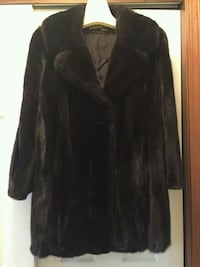 Ranch mink fur coat Fogelsville, 18051