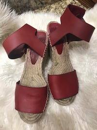 Vince red sandals size 8 Lakeland, 33803