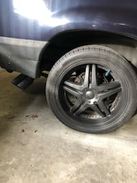 20 inch rims w/ new quality Winter tires 275/40/R20