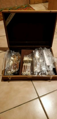 Cutlery gold and wood set with case Westbury, 11590