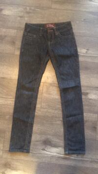 """(new )size 1  """"pink""""Skinny jeans.  Yelm, 98597"""