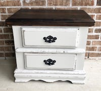 Nightstand with secret compartment  Youngsville, 70592
