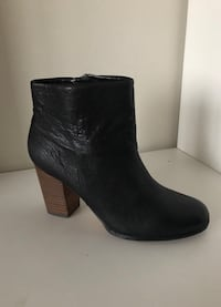 Women Black  Leather Ankle Boots (new) Vancouver