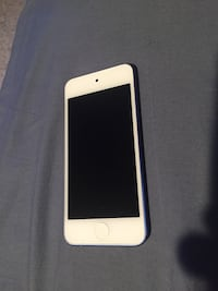 Blue iPod Touch 6th Gen 32Gb Edmonton, T5Z 3G2