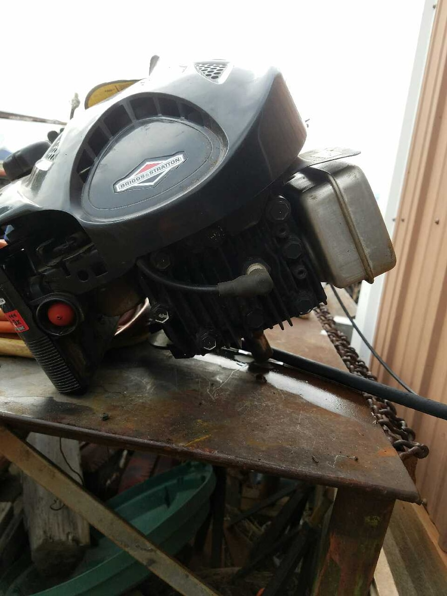 Used lawn mower engine in boulder for Used lawn mower motors