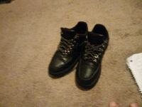 pair of black lace-up boots Hagerstown, 21740
