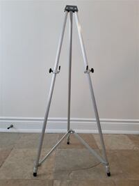 Aluminum Lightweight Display Tripod Stand