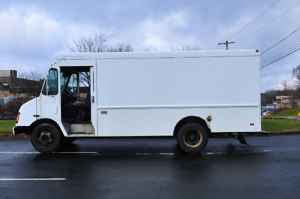 Chevy P30 Step Van Cube Panel Truck Delivery Lunch Truck Food Truck d80405d8-8928-4f84-b462-17fa553bc5cd