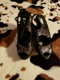 Black and silver heels Tyler, 75702