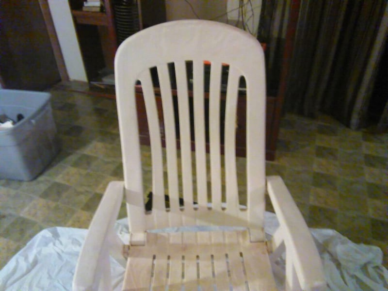 Used Grosfillex Miami recliner swimming pool four posi for
