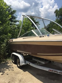 Wellcraft wakeboarding boat read text Indian Head, 20640