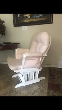 Glider with ottoman white and pink