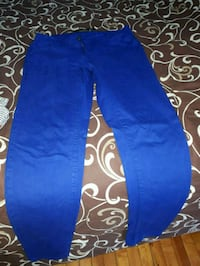 blue denim straight-cut jeans Montréal, H4L 2X5