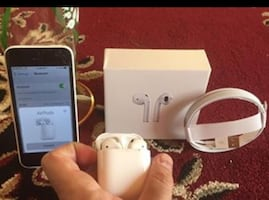 2019 BRAND NEW AIRPODS +CHARGER + CHARGING CASE