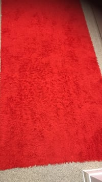 red and white area rug Londra, N17 0AR