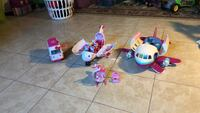 Hello Kitty airplanes, ambulance, and helicopter with figures Woodbridge, 22193