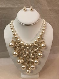 Necklace with pairs of earrings Boyds, 20841