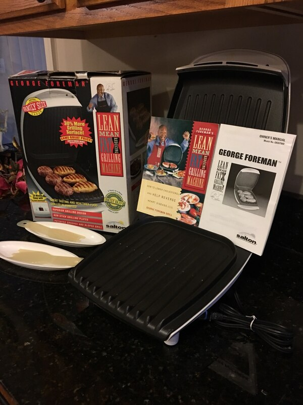 GEORGE FOREMAN ELECTRIC GRILL EXTRA FAMILY SIZE