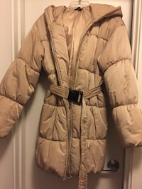 Stone Hooded Puffer Coat w/Belt Alexandria, 22311