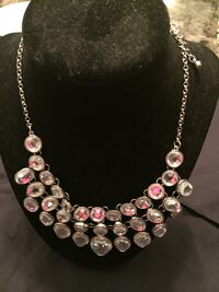 silver and pink beaded necklace Toronto, M3J 1T8