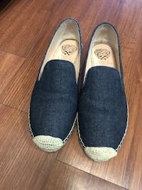 Vince size 8 Waterloo, N2L 2K6