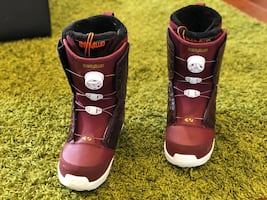 Snowboarding Boots Women's Size 8.5