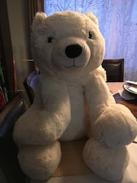 Big white polar bear stuffie plush toy Kitchener, N2E 3P7