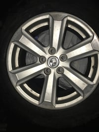 Toyota winter tires 225/65/17 Toronto, M4J