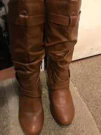 Camel Slouch booties w/heel Calgary, T2A 3E5