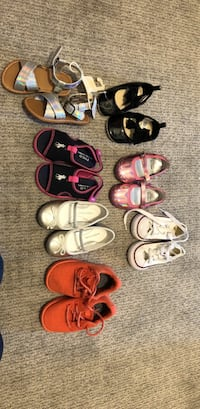 Baby girl shoes sizes vary