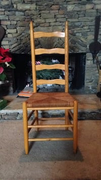 One ladder back chair excellent condition Berkeley Lake, 30096