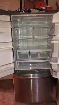 LG FRIDGE FOR PARTS OR WHOLE THING  Brampton, L6Y 2L2
