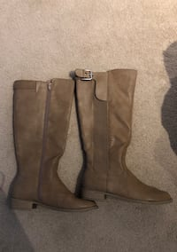 Womens boots Kitchener, N2P 2R9