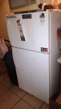 Basic fridge/freezer Downey, 90241