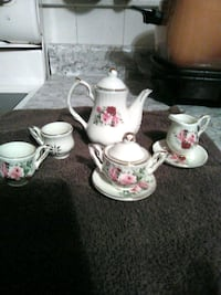Cute little tea set for girls room Columbia, 17512