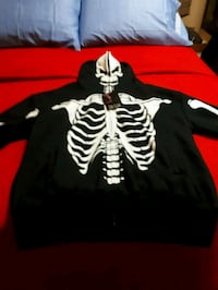 black and white zip-up jacket Milton, L9T 0A5