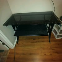 Tempered black glass desk Burnaby, V5C 3S7