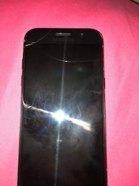 Samsung A5   Cracks on top of snceen not to bad still works  pick up only Stoney Creek, L8G 3X1