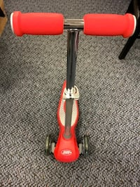 New Red Radio Flyer Push Scooter