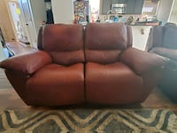 Reclining leather loveseat and chair Albuquerque