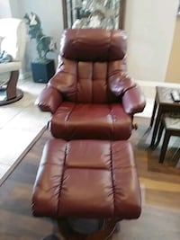 Bonded leather recliner 755 mi