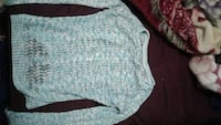 teal knitted sweater Squamish, V8B 0G3