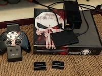 Xbox one Punisher edition whit two Games and 1 Tb disk external, charger two batteries one controller Germantown, 20876
