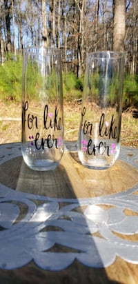 Customized Champagne Glasses/Flutes