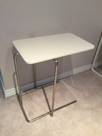 white and gray folding table 埃德蒙顿, T6R 2P4