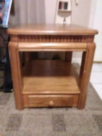 Solid oak end table with drawer