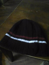 black and white knit cap Fayetteville, 28306